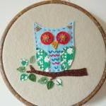 Hand stitched embroidery hoop owl w..