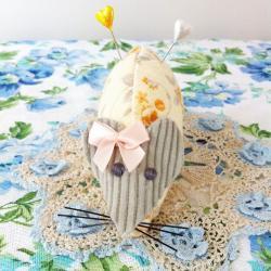 cute handmade orange floral mouse pincushion with pretty peach bow.